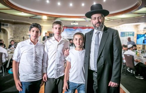 Chief-Rabbi-D-Lau-with-BarMitzvah-boys